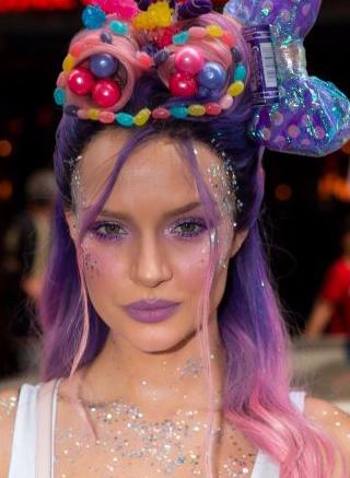 josephine-skriver-unicorn-makeup-list-wear